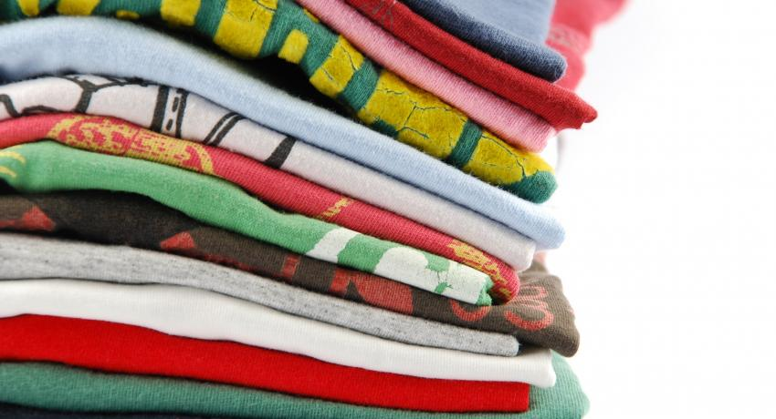 Picture of a stack of tee shirts
